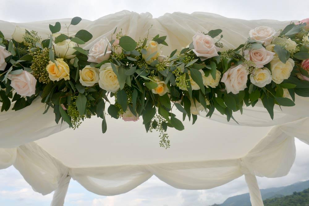 wedding planner puerto vallarta, wedding-rings Lane and Mickie